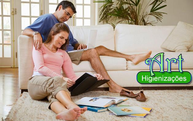 Estofados limpos, protegidos e saudáveis com a Art Higienizações! Lavagem OU Impermeabilização de Sofá até 5 lugares, Colchão ou Cama Box solteiro ou casal, Poltronas, Cadeiras ou Tapete a partir de R$39.